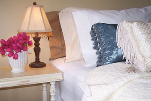 Enjoy comfy rooms at Renwick Inn
